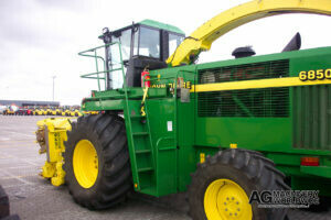 used john deere 5000 6000 7000 and 8000 series spfh self propelled forage harvesters for sale
