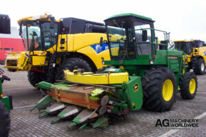 jd 5830 4wd forage chopper with 6rn 6row chainhead sold to ontario